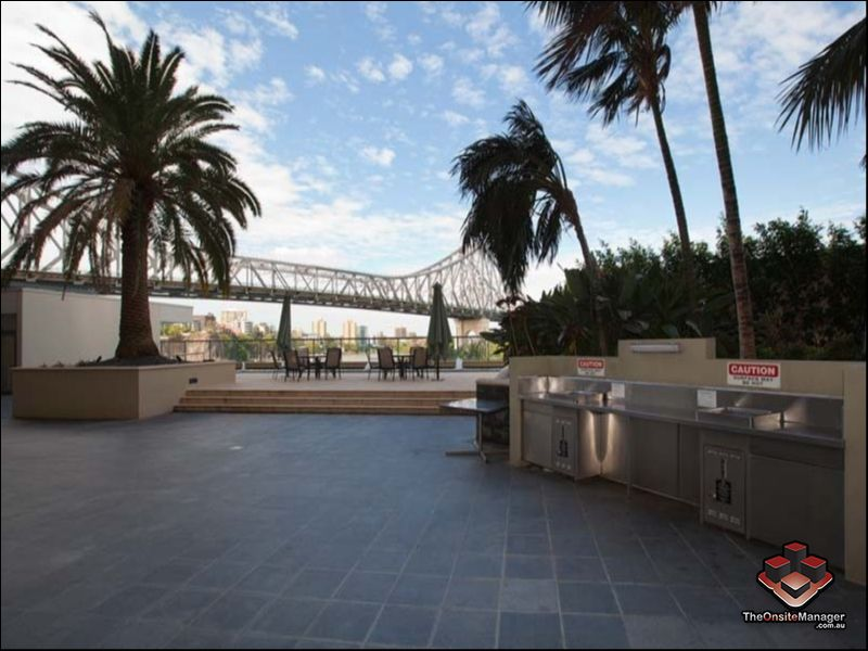 Apartment Rental Property in Brisbane, QLD - Spacious one ...